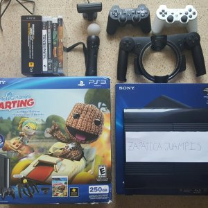 [VENDO] PS3 Super Slim 250GB + PS Eye Camera + PS Move + PS Cabrilla Move + 2 Controles + Juegos